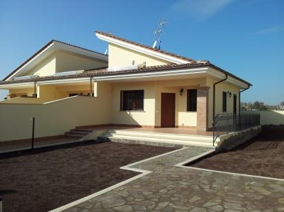 Villa trifamiliare zona OstiaAntica
