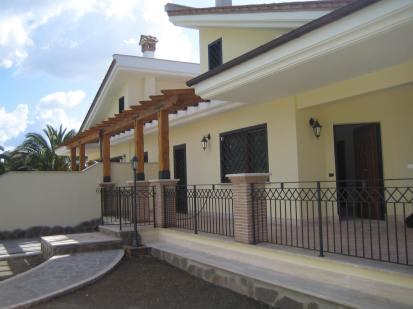 Villa bifamiliare OstiaAntica